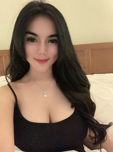 women with amazing tits